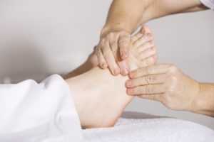 Refleksterapijas pēdu masāža