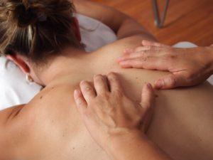 Segmentārā muguras masāža